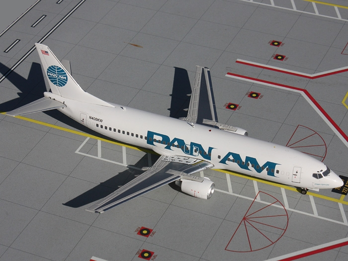 "B737-4Q8 Pan Am ""1990s - Billboard"" Colors, ""Clipper Splendid"""