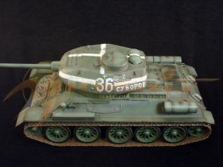 T-34/85 Medium Tank, Kurland - Eastern Front 1944