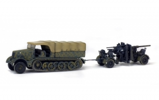 Sd.Kfz.9 Famo w/88mm FlaK 36, German Army 1945