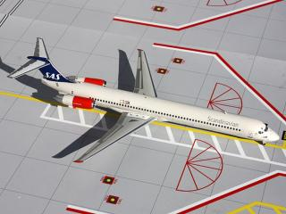 "MD-82 SAS Scandinavian Airlines ""2000s"" Colors"